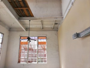 Tall Ceilings/Windows