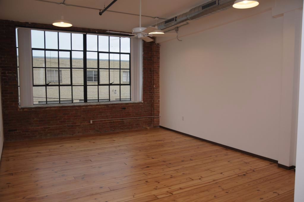 Great Loft in Deep Ellum – Commerce St.