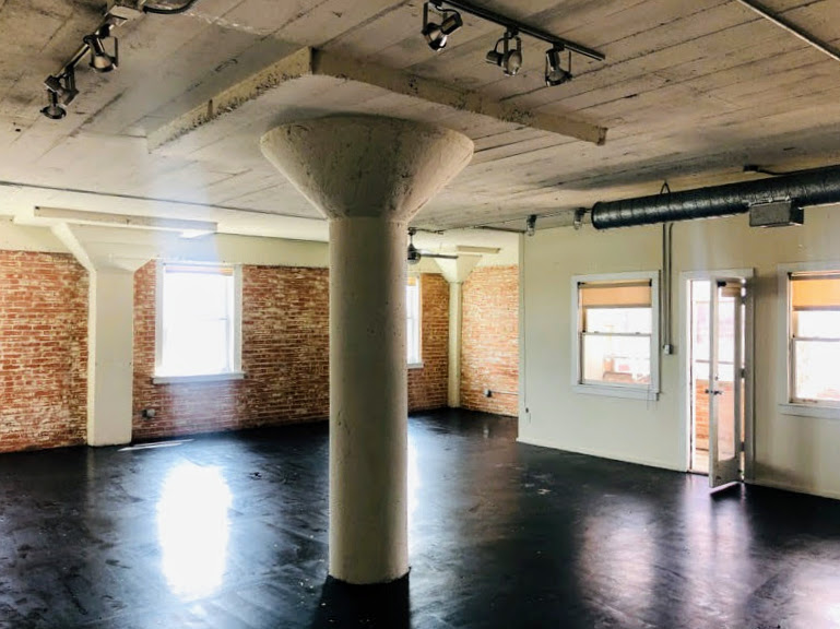 1000+ SQFT Loft on Elm Street