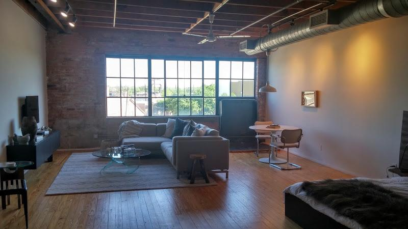 Deep Ellum Lofts - Loft apartments downtown dallas