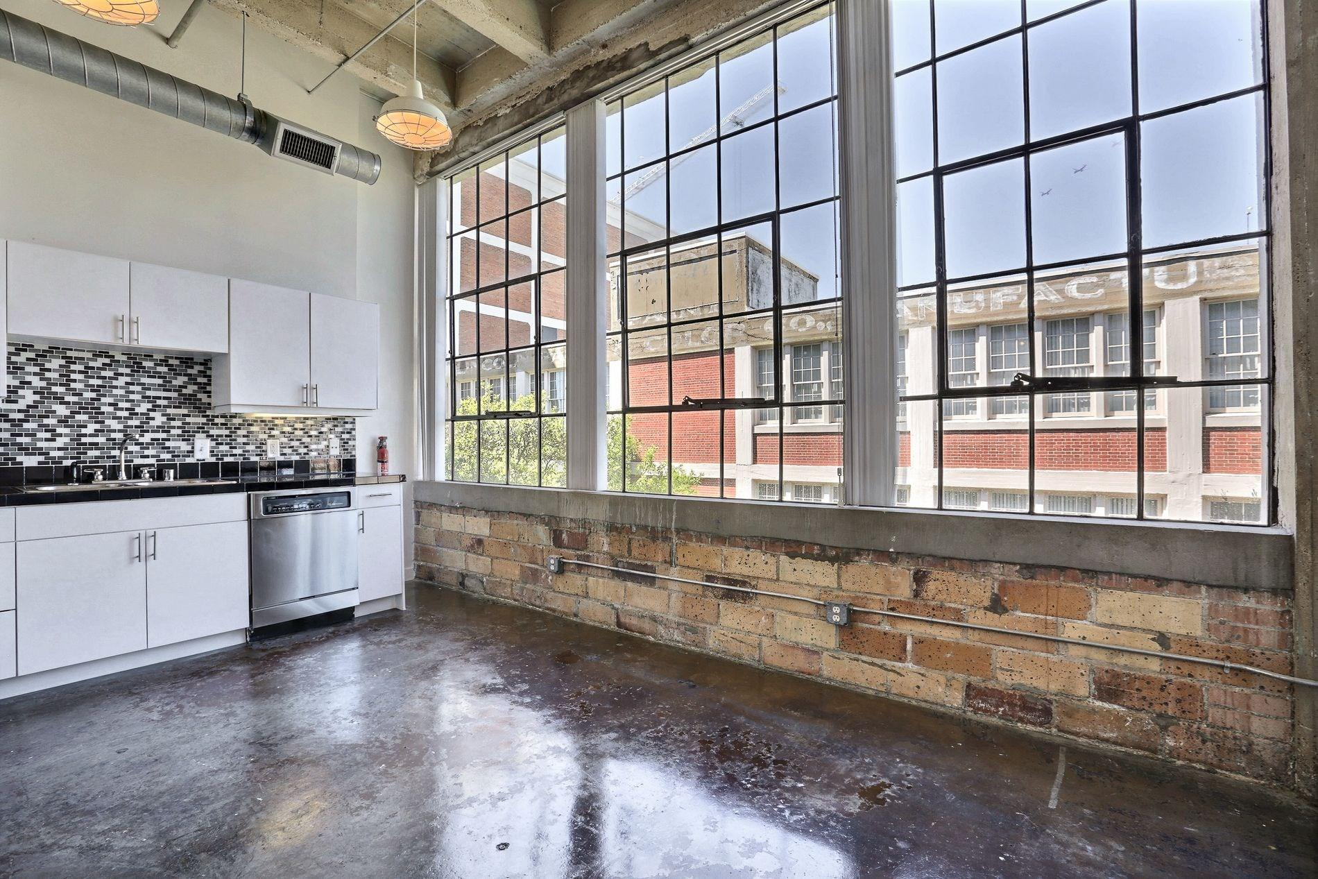 Deep Ellum Lofts 013