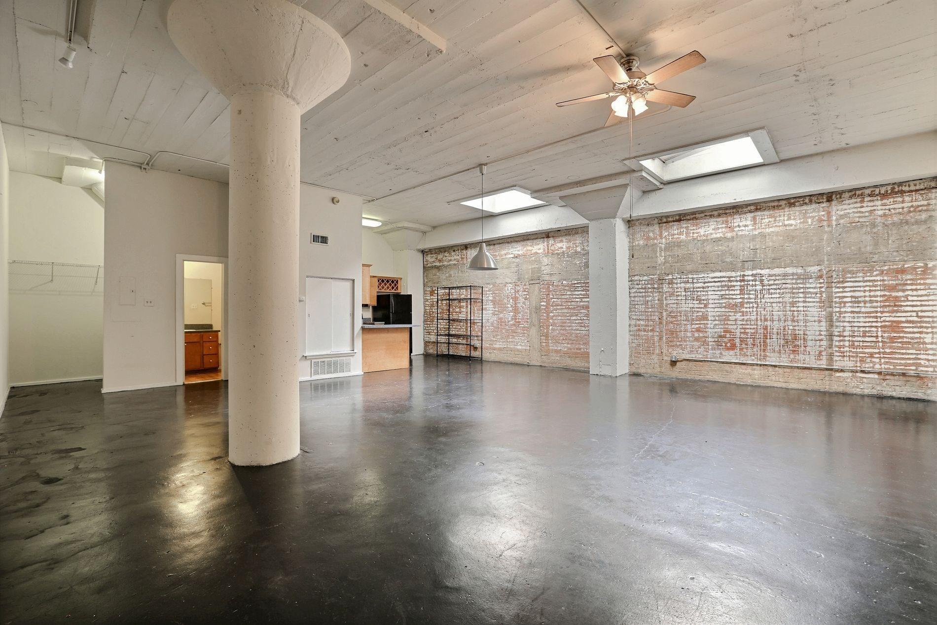 Historic Lofts On Elm 071